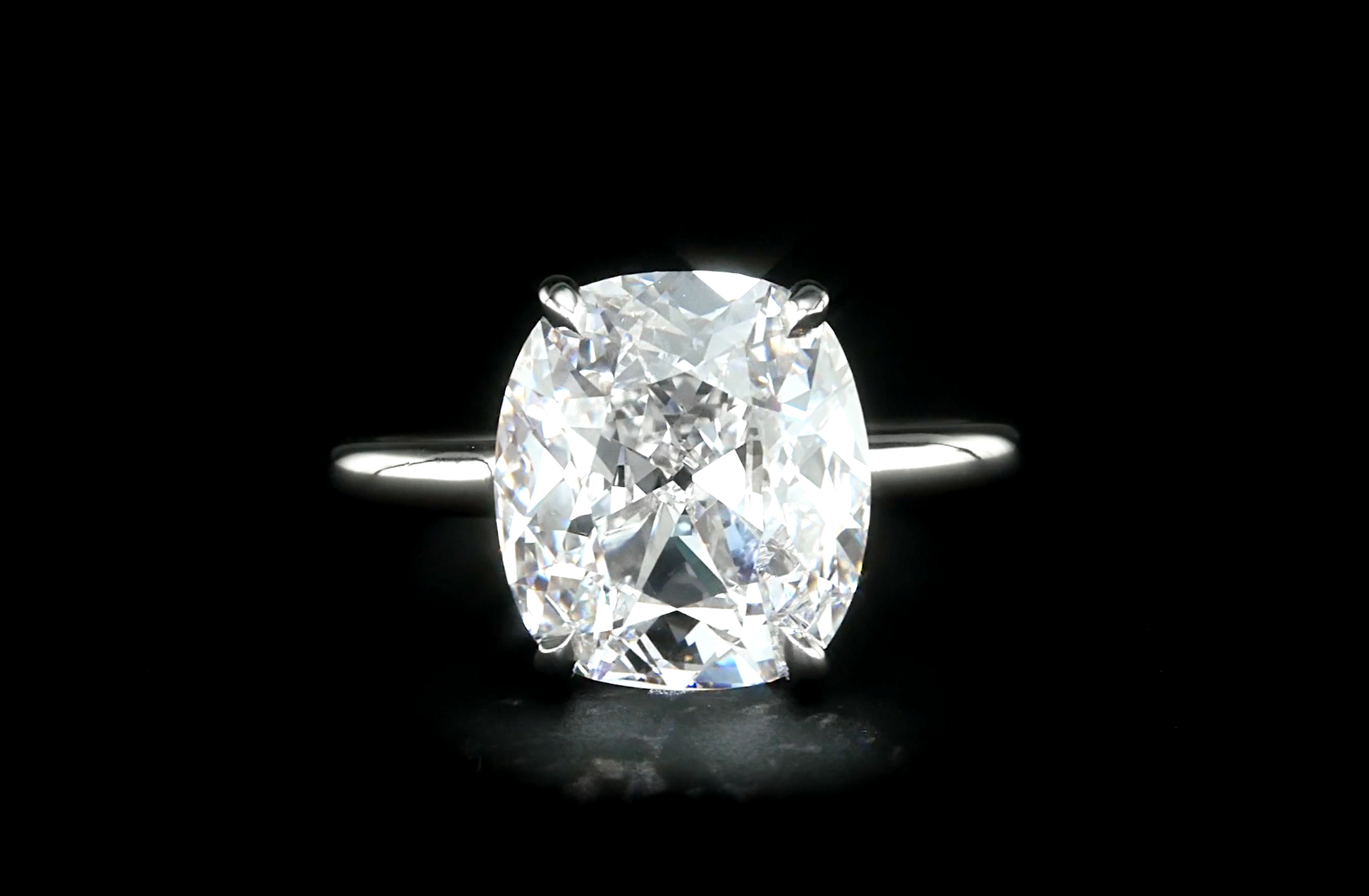 5 Carat Cushion Halo Diamond Runway The Finest Diamonds In The World